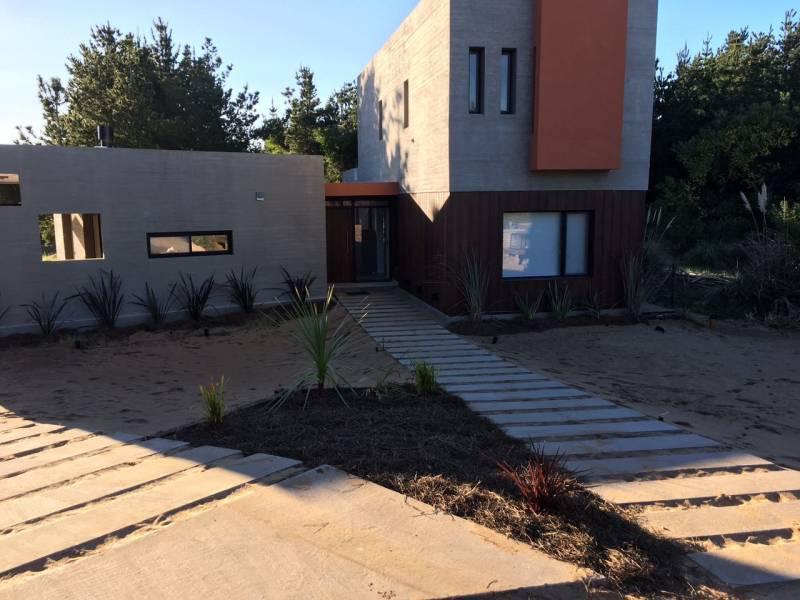 Foto Casa en Venta en  Costa Esmeralda,  Punta Medanos  Residencial I 12