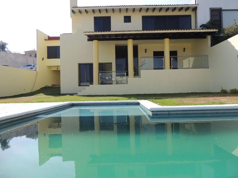 Foto Casa en Venta en  Palmira Tinguindin,  Cuernavaca  Venta de casa en Fraccionamiento, Palmira, Cuernavaca .... Clave 2264
