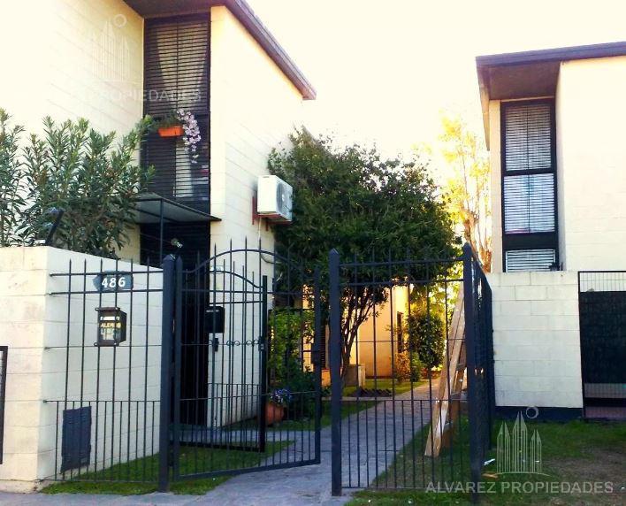 Foto PH en Venta en  San Miguel ,  G.B.A. Zona Norte  Salerno al 400