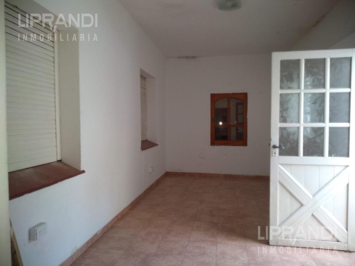 Foto Casa en Venta en  Los Naranjos,  Cordoba  HECTOR PANIZA al 2500