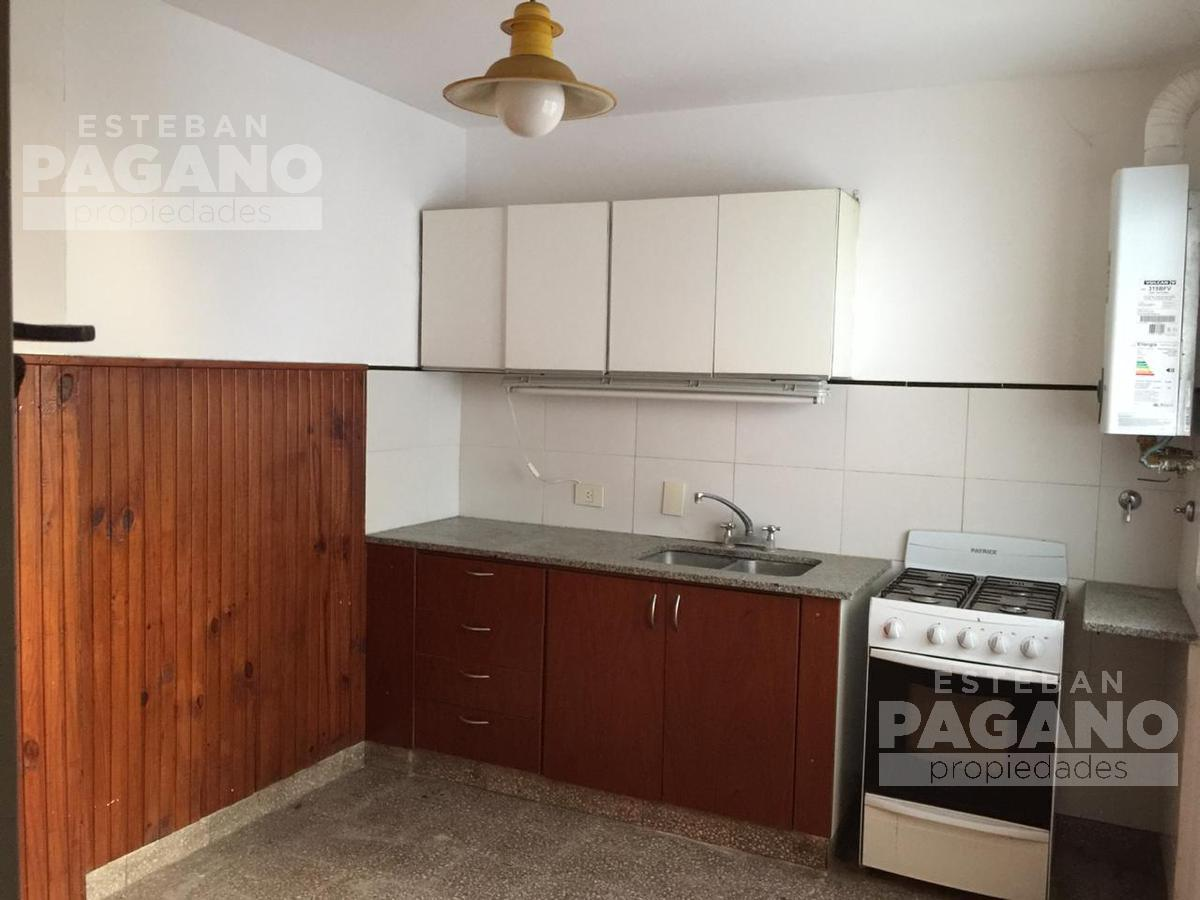Foto PH en Venta en  La Plata ,  G.B.A. Zona Sur  17 e 38 y 39