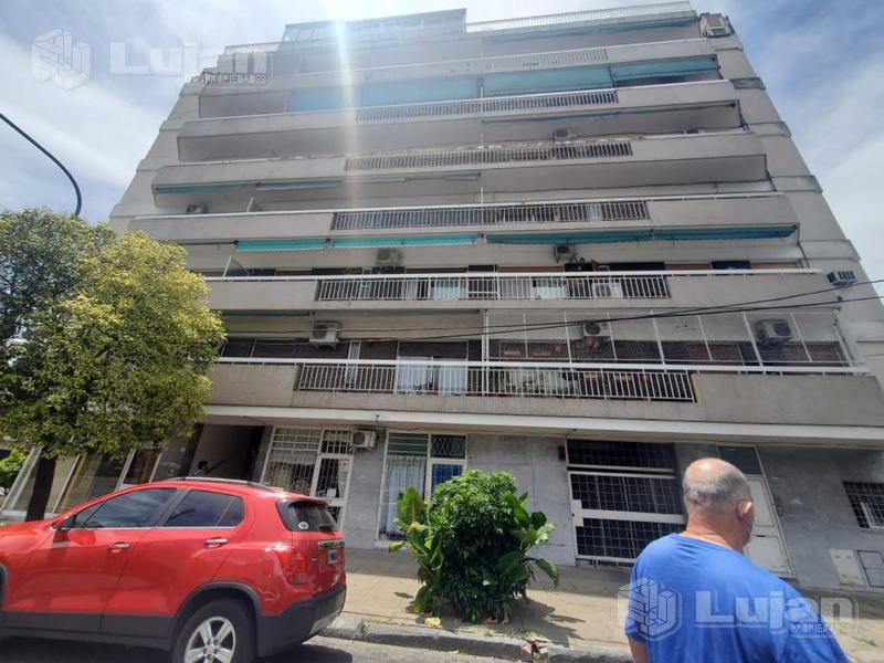 Foto Departamento en Venta en  Parque Avellaneda ,  Capital Federal  Damaso larrañaga 500