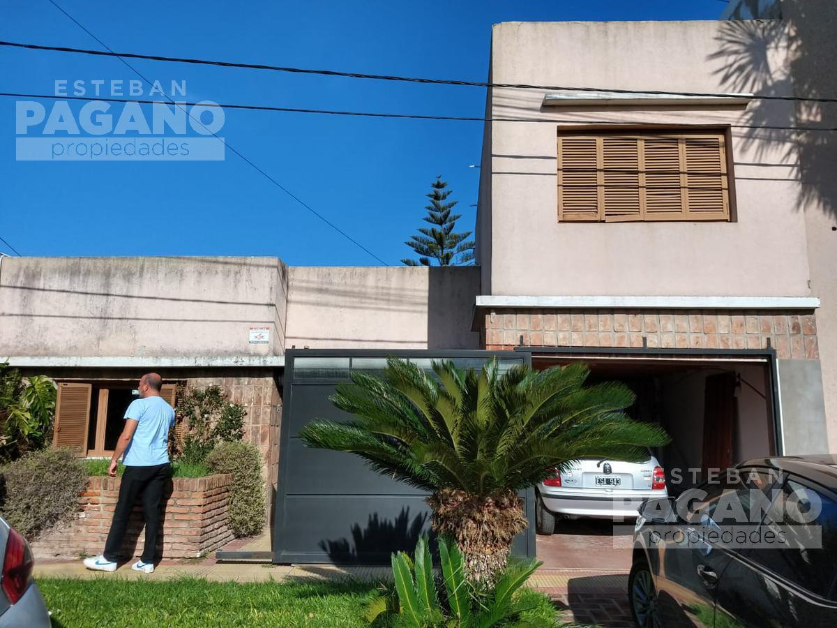 Foto Casa en Venta en  Manuel B Gonnet,  La Plata      14 e 509 y 510  N° 2220