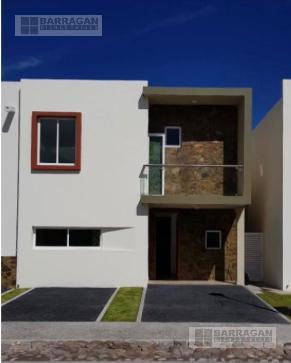 Foto Casa en Renta en  Querétaro ,  Querétaro  CASA EN RENTA MISION SANTIAGO, LA VISTA RESIDENCIAL