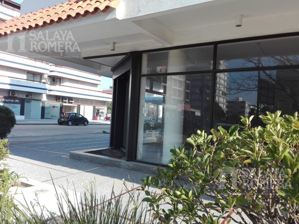 Foto Local en Venta | Alquiler en  Península,  Punta del Este  Local Comercial en la Peninsula de Punta del Este