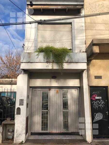 Foto Casa en Venta en  La Plata ,  G.B.A. Zona Sur  32 al 1118 e/ 17 y 18