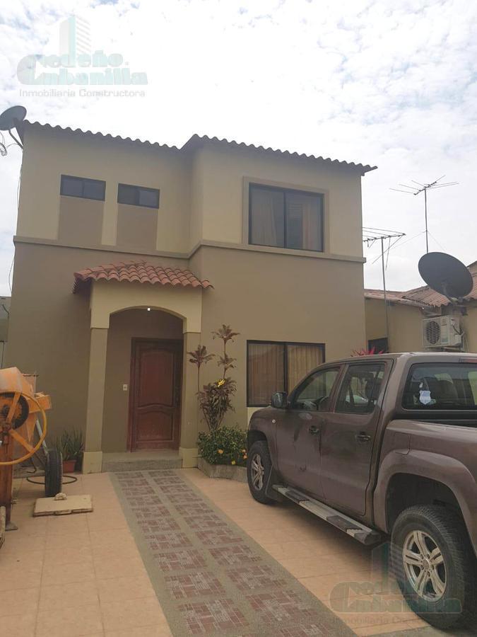 Foto Casa en Venta en  Sur de Daule,  Daule  VENTA DE VILLA DE OPORTUNIDAD EN VILLA CLUB HERMES