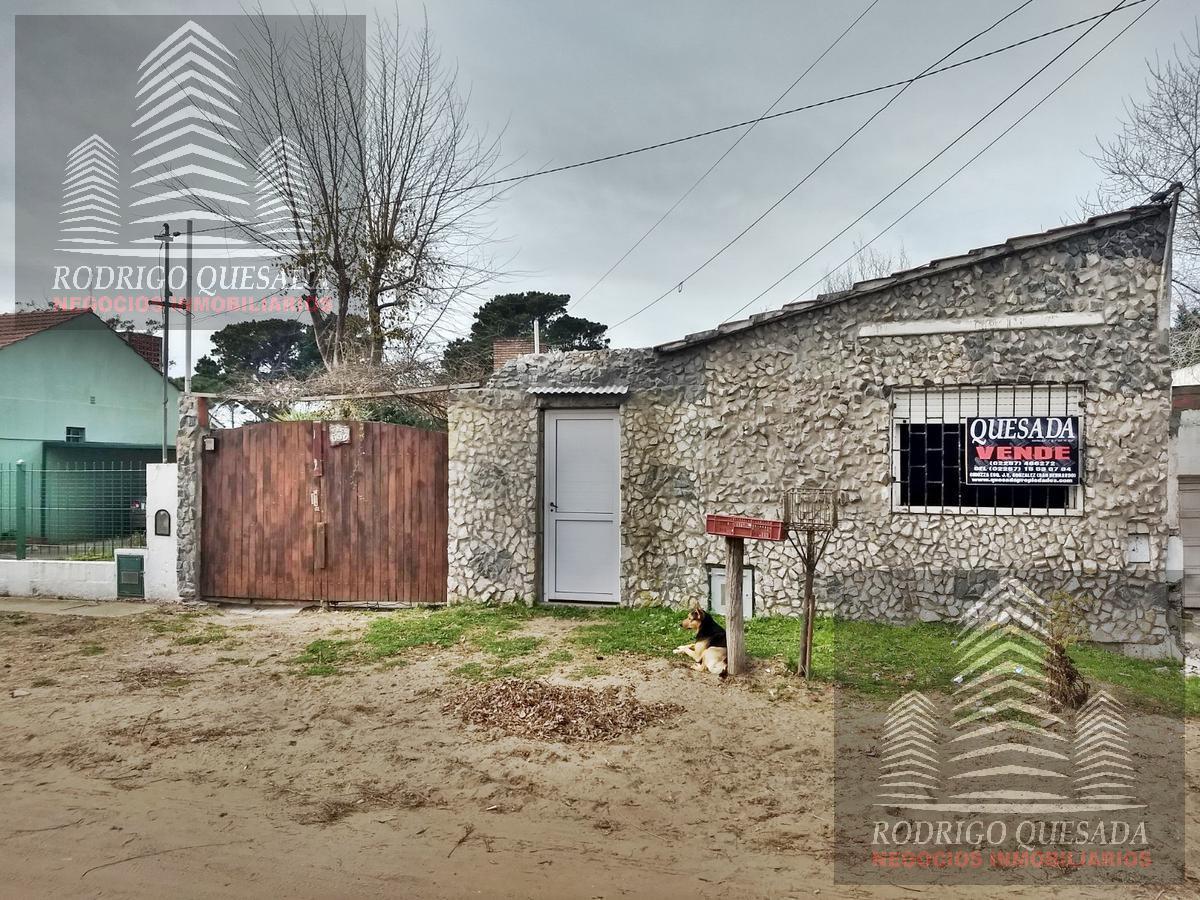Foto Casa en Venta en  Mar De Ajo ,  Costa Atlantica  CASA Y DEPTO EN LOTE PROPIO - Mar De Ajo