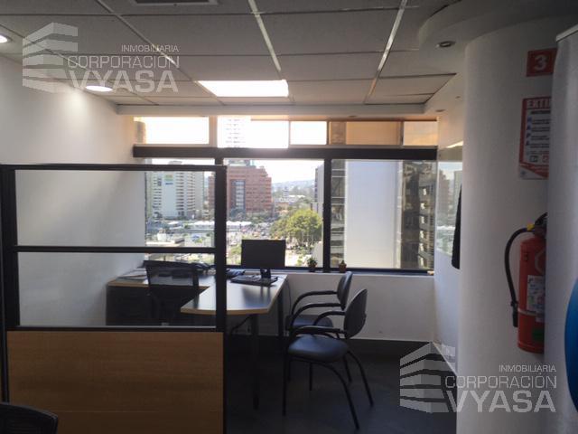 Foto Oficina en Alquiler en  Centro Norte,  Quito  CAROLINA - AV. AMAZONAS - CENTRO FINANCIERO, OFICINA DE 270,00 M2 EN ARRIENDO