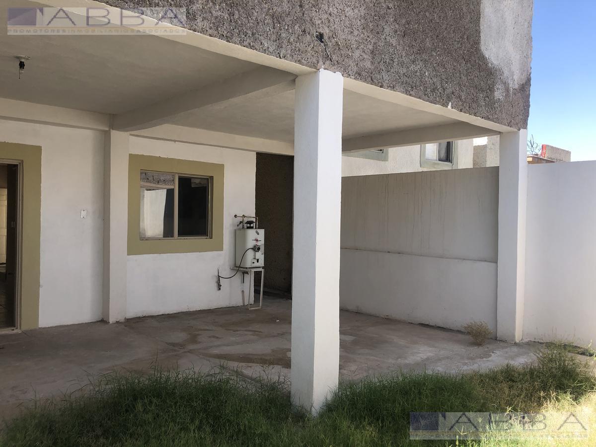 Foto Casa en Venta en  Chihuahua ,  Chihuahua  VENTA DE CASA EN PUERTA DEL VALLE   POR BAHIA DE SAN QUINTIN