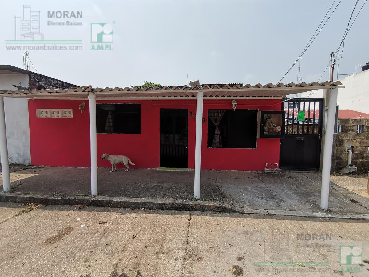 Foto Casa en Venta en  Guadalupe Victoria,  Coatzacoalcos  Diaz Mirón 3003, Colonia Guadalupe Victoria, Coatzacoalcos, Ver.