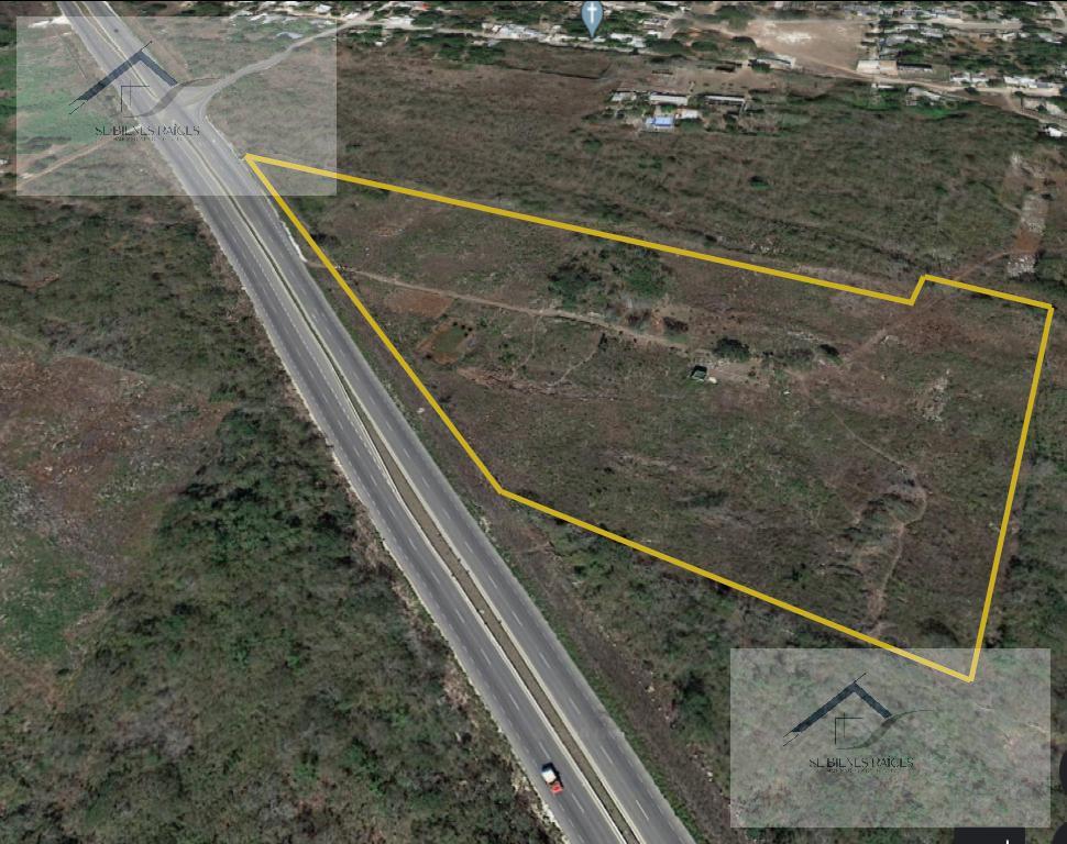Foto Terreno en Venta en  Pueblo Petectunich,  Acanceh  Terreno ubicado en  Acanceh (Petectunich) zona de proyectos de industriales, como CEDIS.
