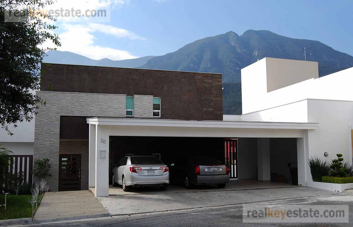 Foto Casa en Venta en  Sierra Alta 1era. Etapa,  Monterrey  CASA EN VENTA EN SIERRA ALTA MONTERREY 1ER SECTOR