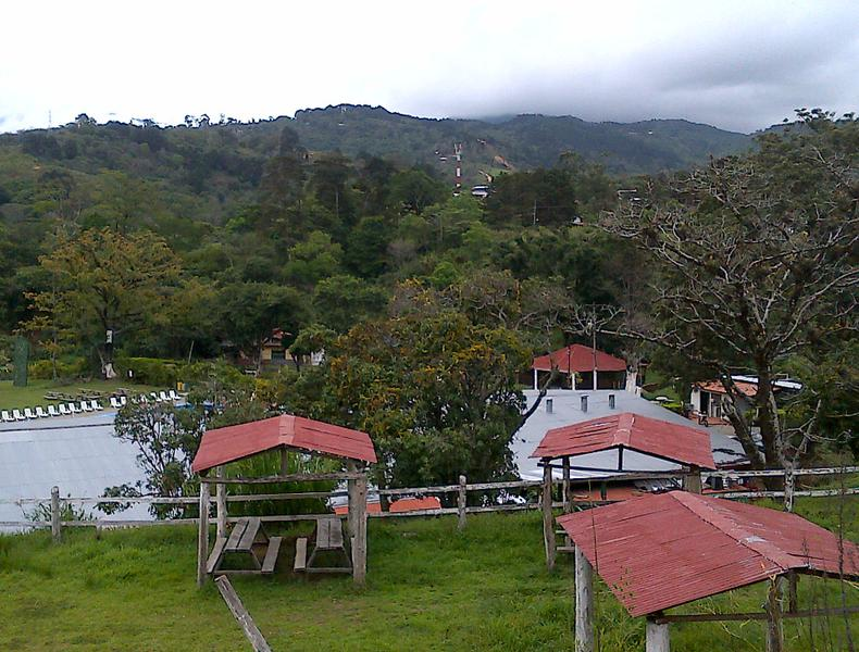 Foto Terreno en Venta en  Patarra,  Desamparados  FINCA DESARROLLADA PARA TURISMO, HOTEL, OTROS USOS EN PATARRA DESAMPARADOS 42.8 HTS