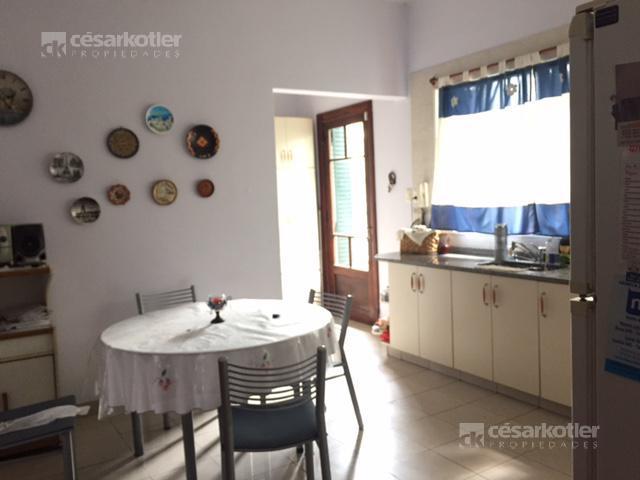 Foto Casa en Venta en  Temperley Este,  Temperley  Alcorta 135