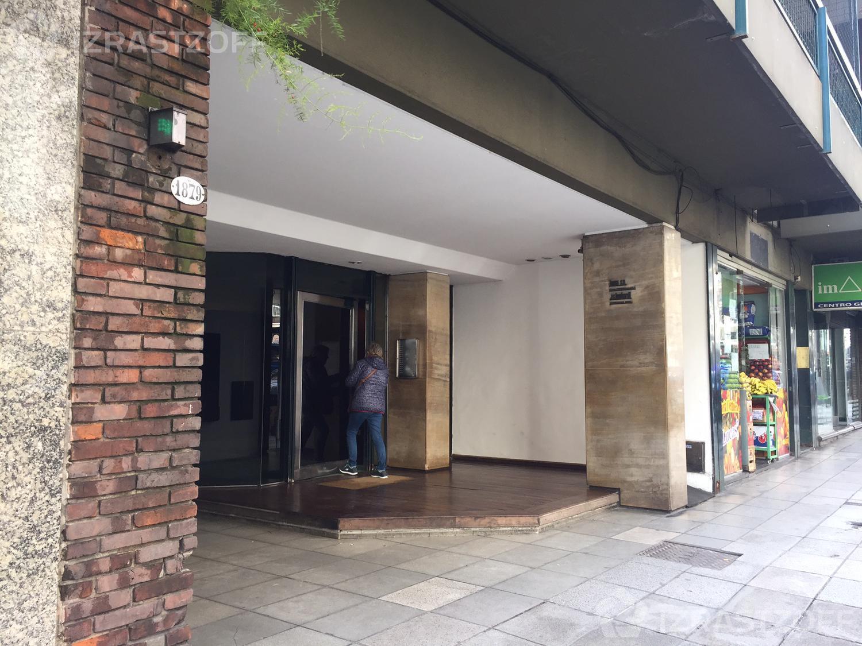 Departamento-Alquiler-Recoleta-Las Heras al 1800 e/ ayacucho y Callao