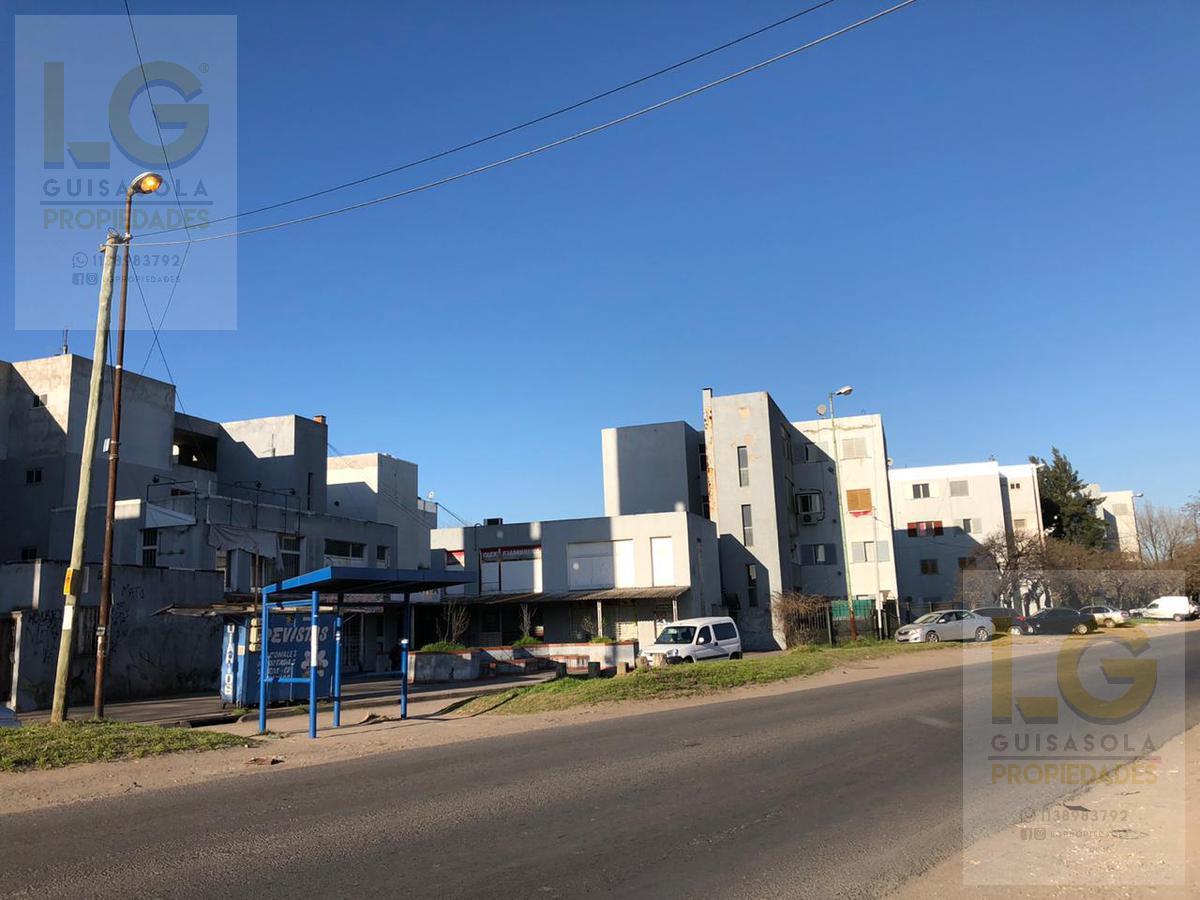 Foto Departamento en Venta en  Berazategui,  Berazategui  Camino General Belgrano  1600