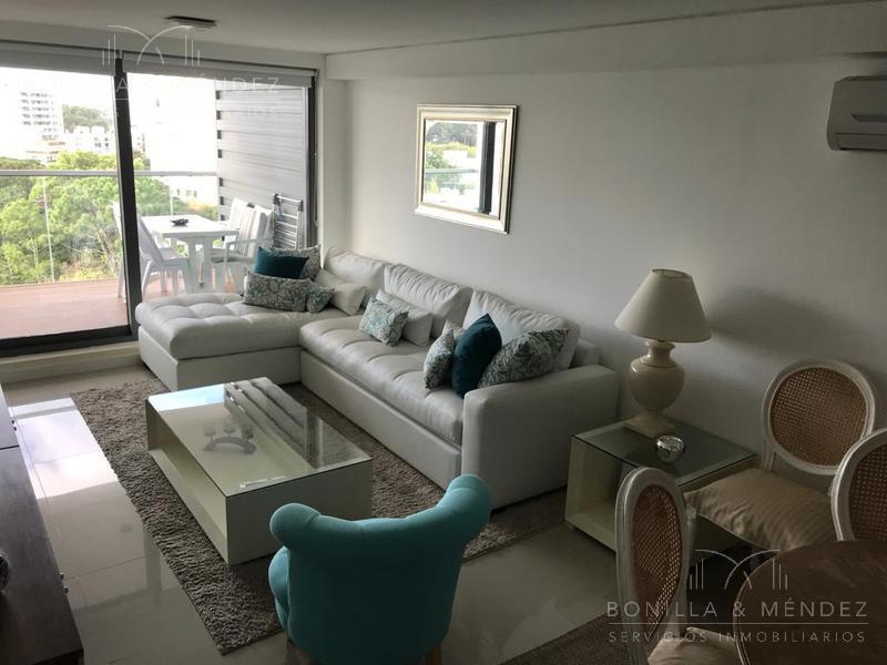 Foto Apartamento en Venta en  Punta del Este ,  Maldonado  Lenguas de Diamante y Biarritz