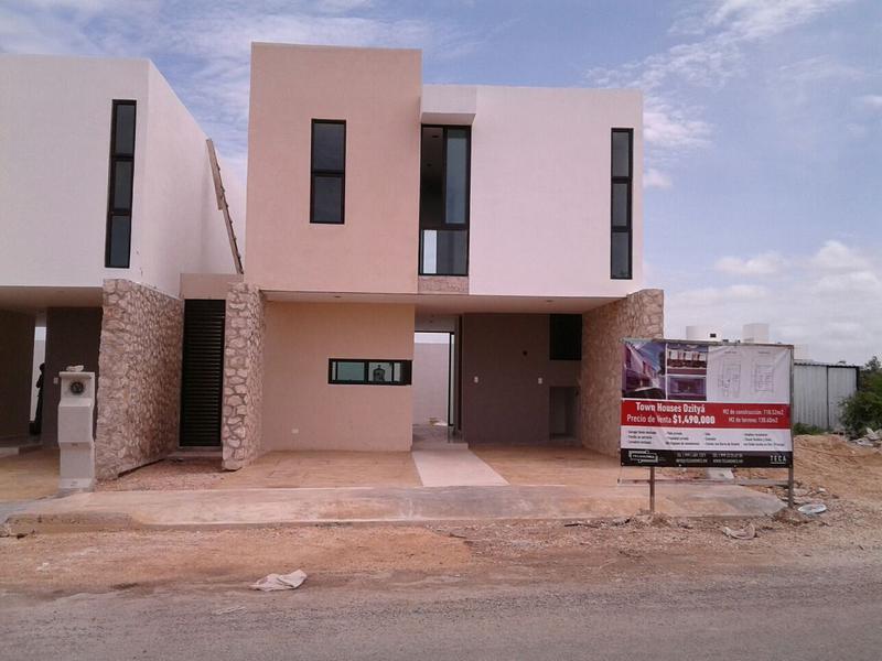 Foto Casa en Venta en  Pueblo Dzitya,  Mérida  Hermosos Town Houses en Venta 2 plantas, 2 recámaras Zona Norte