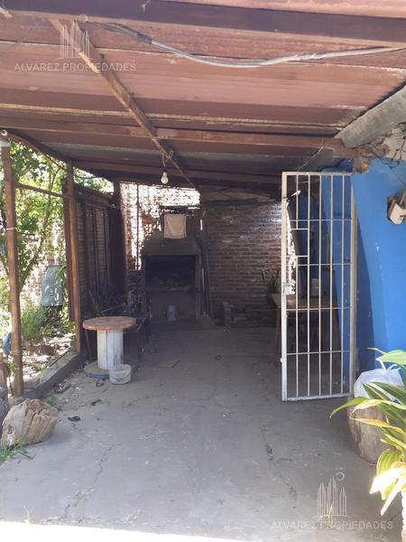 Foto Terreno en Venta en  Castelar,  Moron  Zapiola al 2500