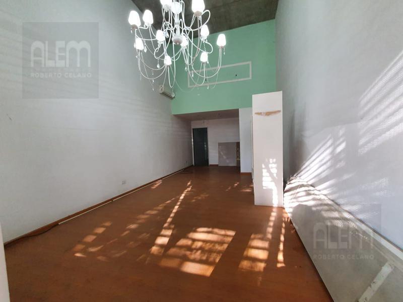 Foto Local en Alquiler en  Lomas de Zamora Oeste,  Lomas De Zamora  España al 400