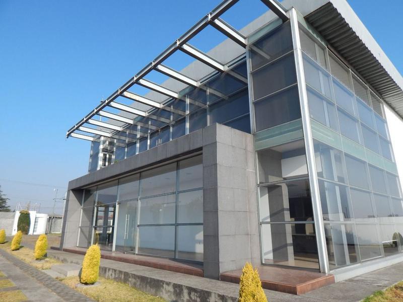 Foto Edificio Comercial en Renta en  San Antonio Buenavista,  Toluca  Edificio en renta en San Antonio Buenavista