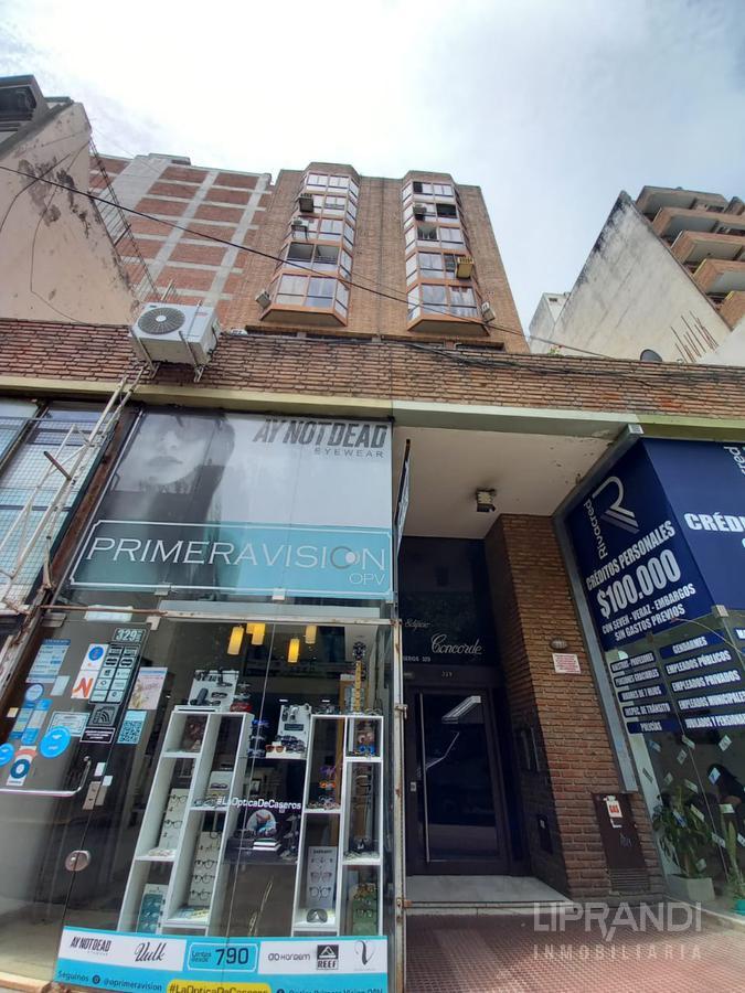 Foto Departamento en Venta en  Centro,  Cordoba  CASEROS al 300