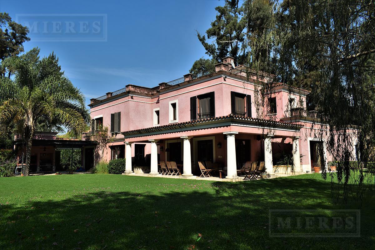 Casa de 500 mts en Martindale CC