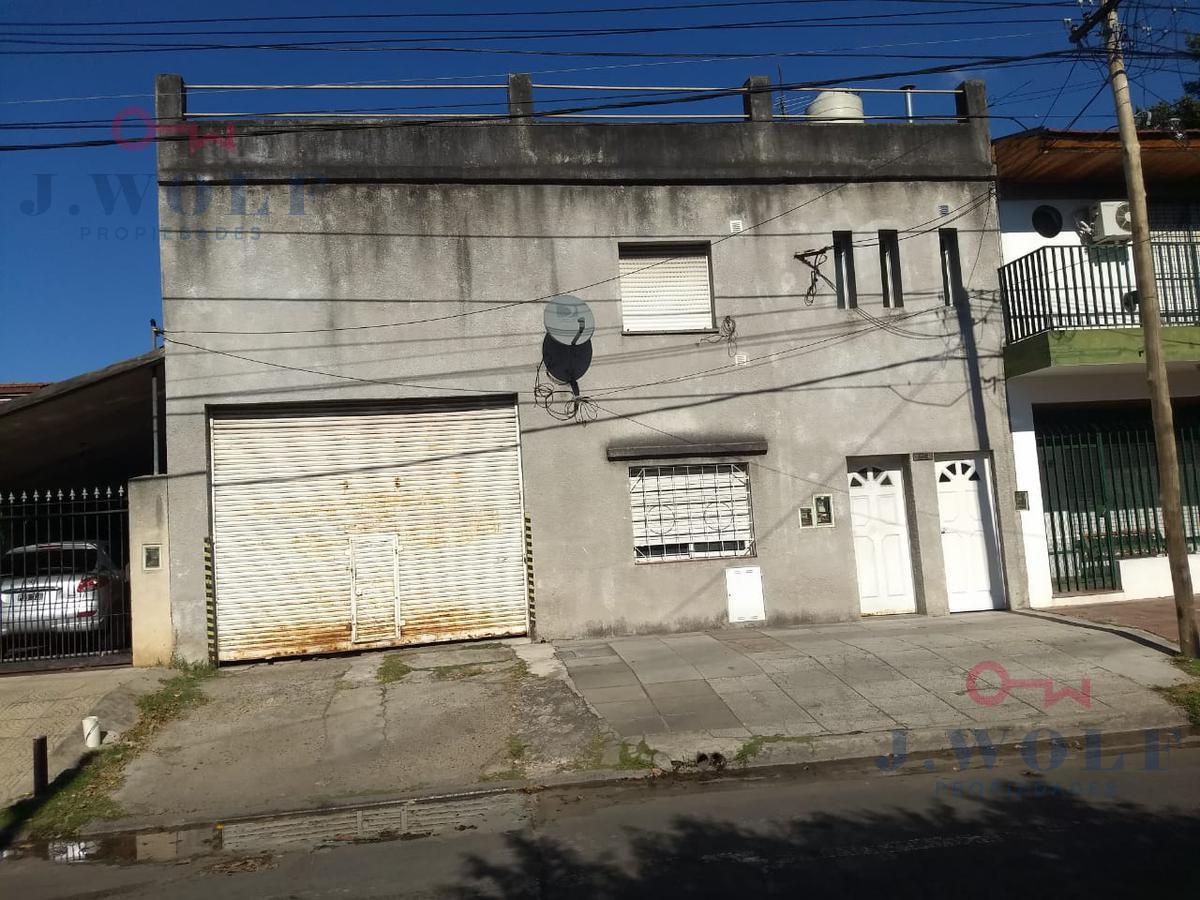 Foto Local en Venta en  Loma Hermosa,  Tres De Febrero  Carlos Gardel al 800