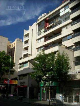 Foto Departamento en Venta en  Nueva Cordoba,  Capital  Departamento - Nueva Cordoba - Ituzaingó 500 - 1 dorm, frente  coc sep!