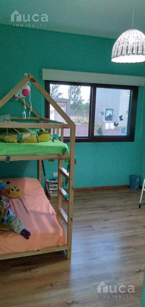 Foto Casa en Alquiler temporario en  San Matias,  Countries/B.Cerrado (Escobar)  ALQUILER DE VERANO Hermosa casa a la Laguna en Barrio San Matias Area 1 Lote al 100