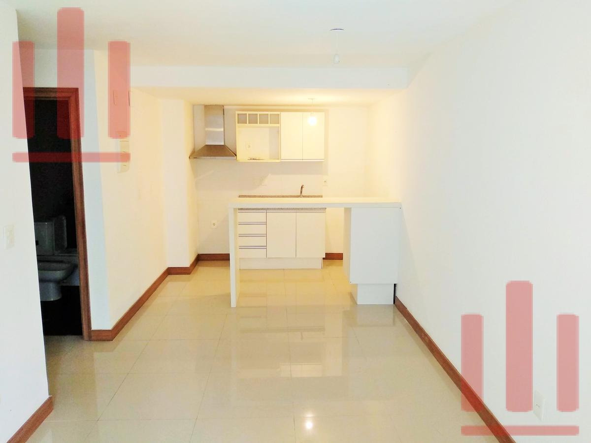 Foto Apartamento en Alquiler en  Centro,  Montevideo  Canelones al 1000