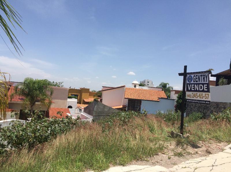 Foto Terreno en Venta en  Fraccionamiento El Pedregal de Querétaro,  Querétaro  Terreno en Venta en Pedregal de Querétaro