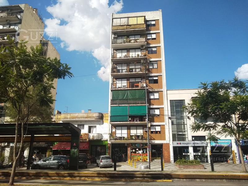 Foto Departamento en Venta en  Vicente López ,  G.B.A. Zona Norte  Av. Maipu al 1400