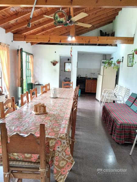 Foto Casa en Venta en  Temperley Este,  Temperley  Florencio Varela 562