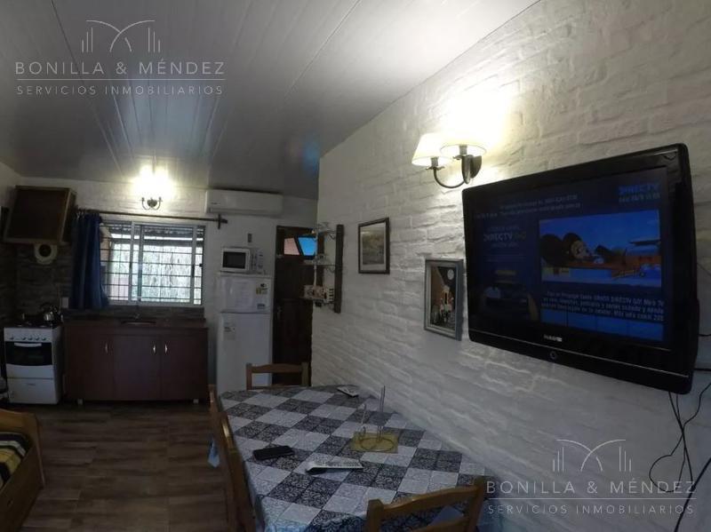 Foto Casa en Venta en  Playa Hermosa,  Piriápolis  pasaje A Playa Hermosa