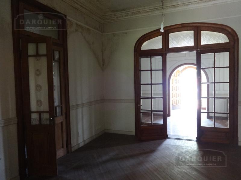 Foto Casa en Venta en  Adrogue,  Almirante Brown  BOUCHARD 1660