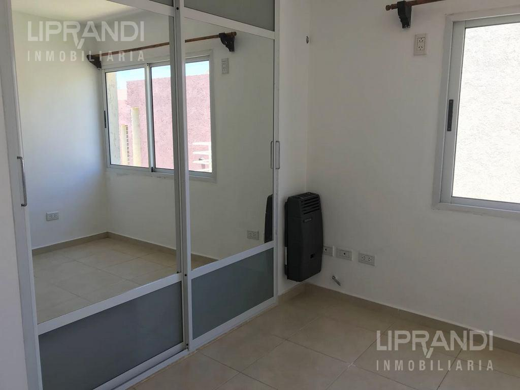 Foto Casa en Venta en  Villa Carlos Paz,  Punilla  LOS TAMARINDOS al 900