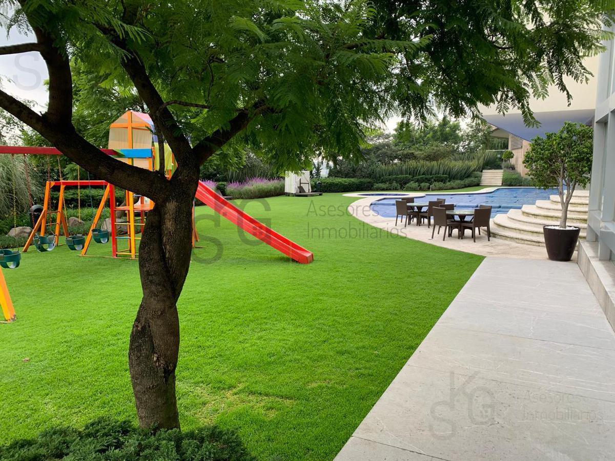 Foto Departamento en Venta en  Santa Fe,  Alvaro Obregón  Baja Precio, SKG Asesores Inmobiliarios vende departamento super decorado en Residencial Veramonte, Santa Fe