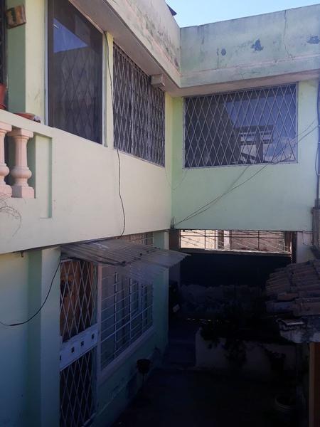 Foto Casa en Venta en  San Bartolo,  Quito  Casa de Venta Varios Departamentos Sector - San Bartolo