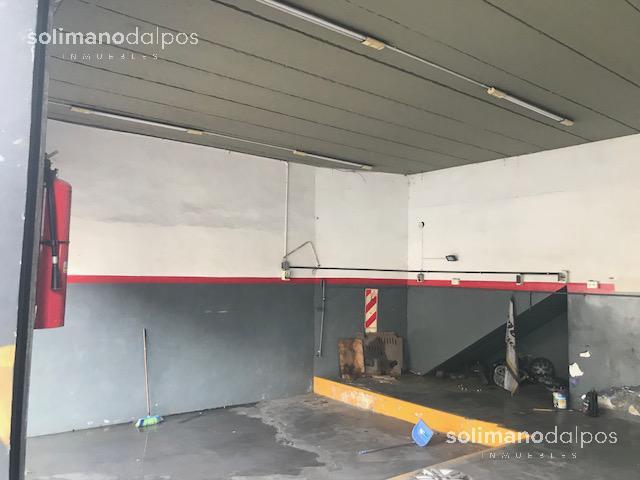Foto Depósito en Alquiler en  La Lucila-Vias/Libert.,  La Lucila  Av del libertador