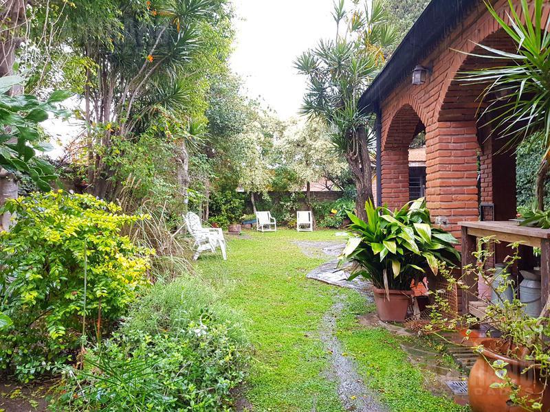 Foto Casa en Venta en  Malaver,  Villa Ballester  Congreso al 3700 e/Salta y Jujuy.