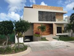 Foto Casa en Venta en  Puerto Cancún,  Cancún  Casa en Venta en Cancun/Puerto Cancun/Zona Hotelera/Los Canales