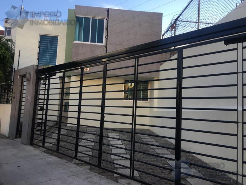 Foto Casa en Venta en  La Calma,  Zapopan  Casa En Venta En La Calma $4,300,000 A257 E1