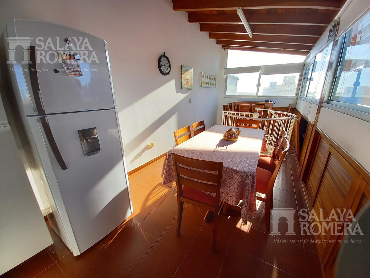 Foto Departamento en Venta | Alquiler temporario en  Península,  Punta del Este  Venta - Dúplex, Península, 1 Dormitorio y Medio, Balcón