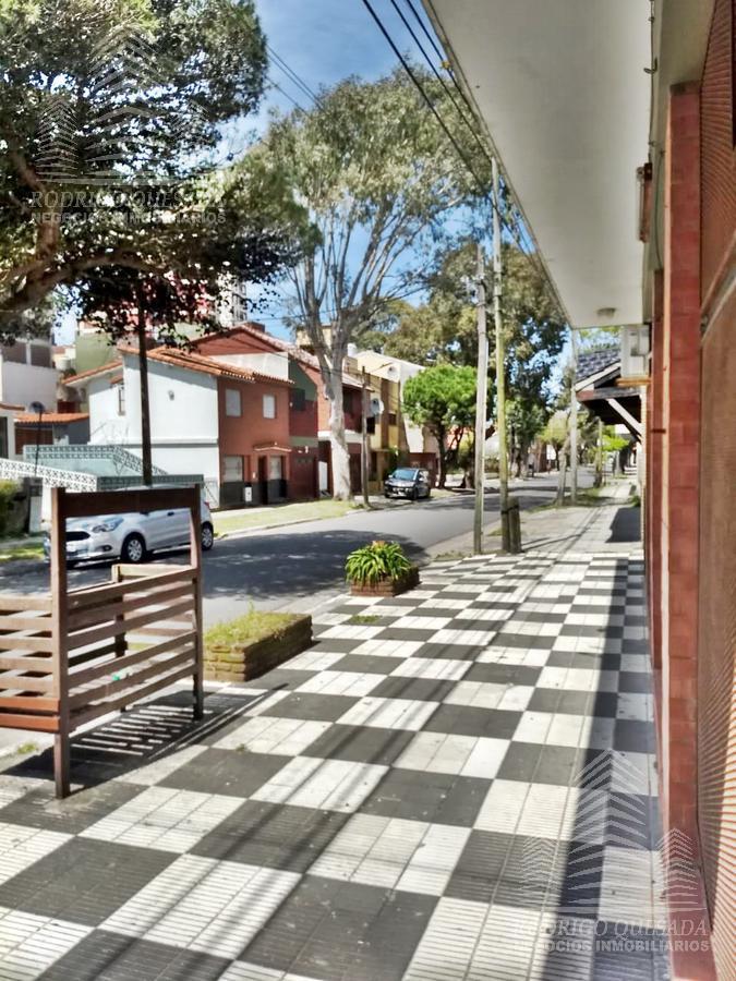 Foto Local en Venta en  San Bernardo Del Tuyu ,  Costa Atlantica  Practico local !!!!