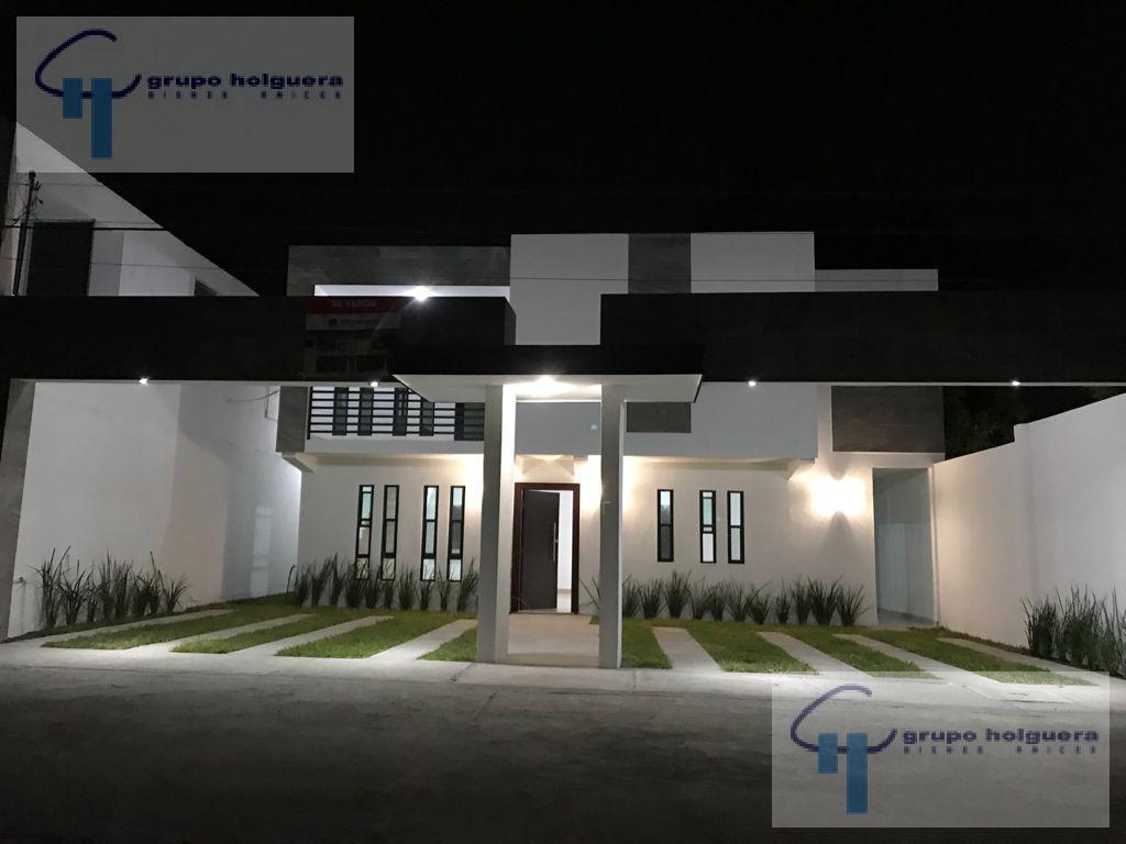 Foto Casa en Venta en  Tampico ,  Tamaulipas  EN VENTA CASA NUEVA EN COL. UNIVERSIDAD PONIENTE, CALLE UNIVERSIDAD DE CHIHUAHUA