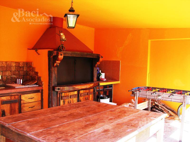 Foto Casa en Venta en  El Lauquen,  Countries/B.Cerrado (E. Echeverría)  El Lauquen