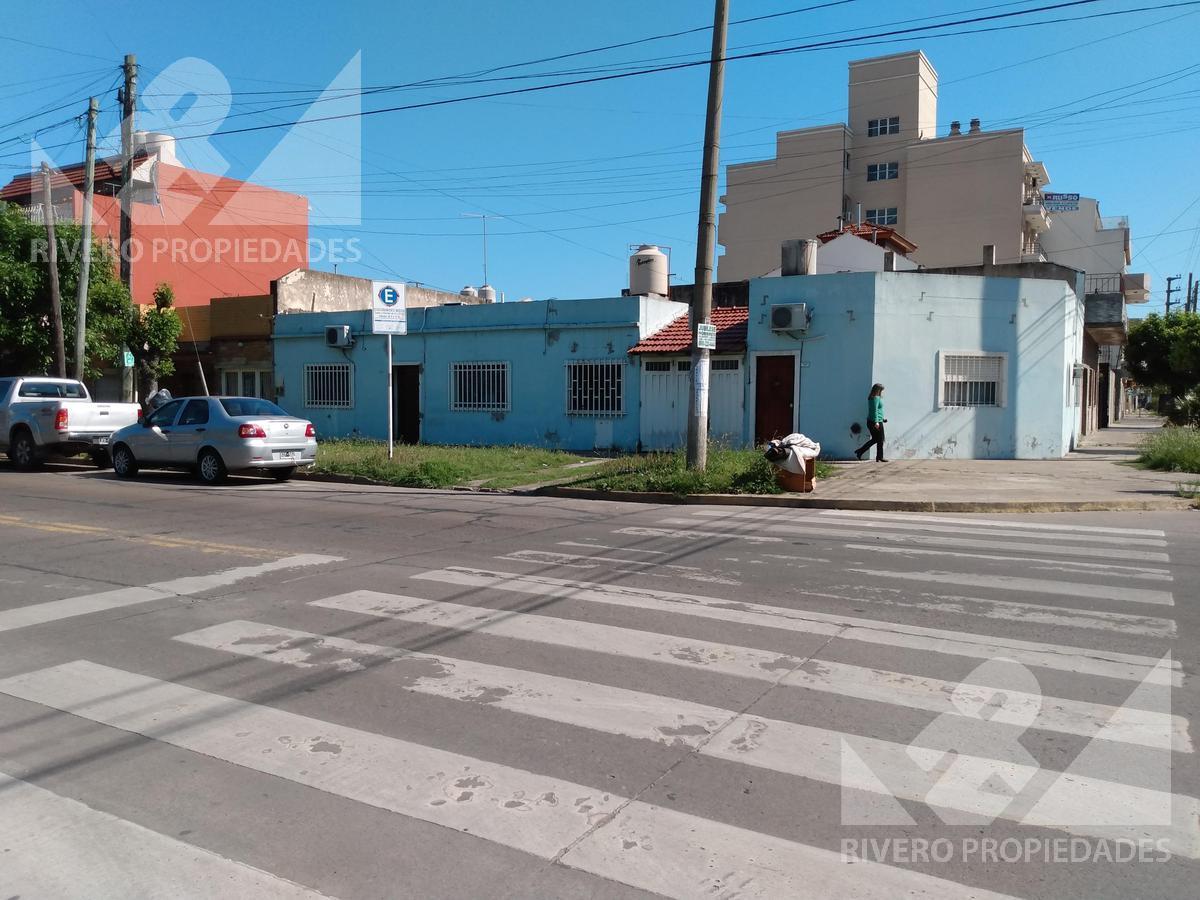 Foto Casa en Venta en  S.Justo (Ctro),  San Justo  MARIANO SANTAMARIA al 3300