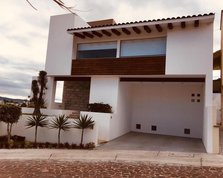 Foto Casa en Renta en  Fraccionamiento Cumbres del Lago,  Querétaro  Fraccionamiento Cumbres del Lago